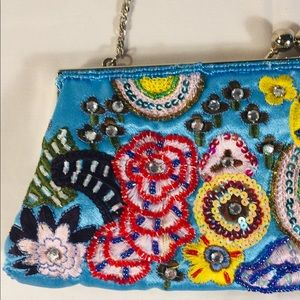 🌸Women's Clutch OS Adorable!